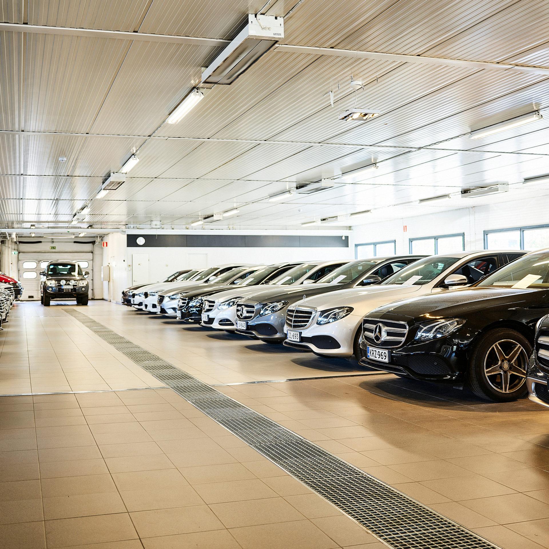 Kattava valikoima laadukkaita vaihtoautoja Niemelän autossa